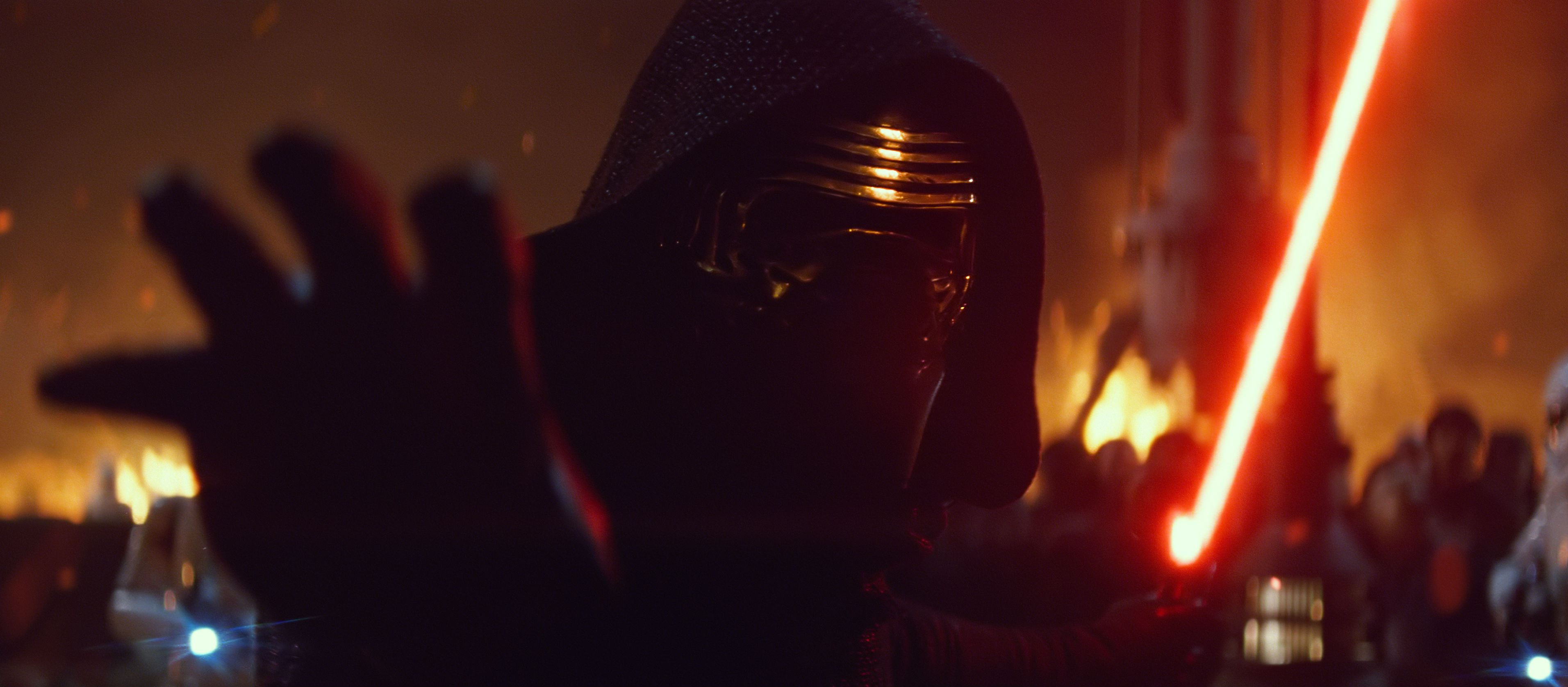 Star-Wars-Force-Awakens-Kylo-Ren1