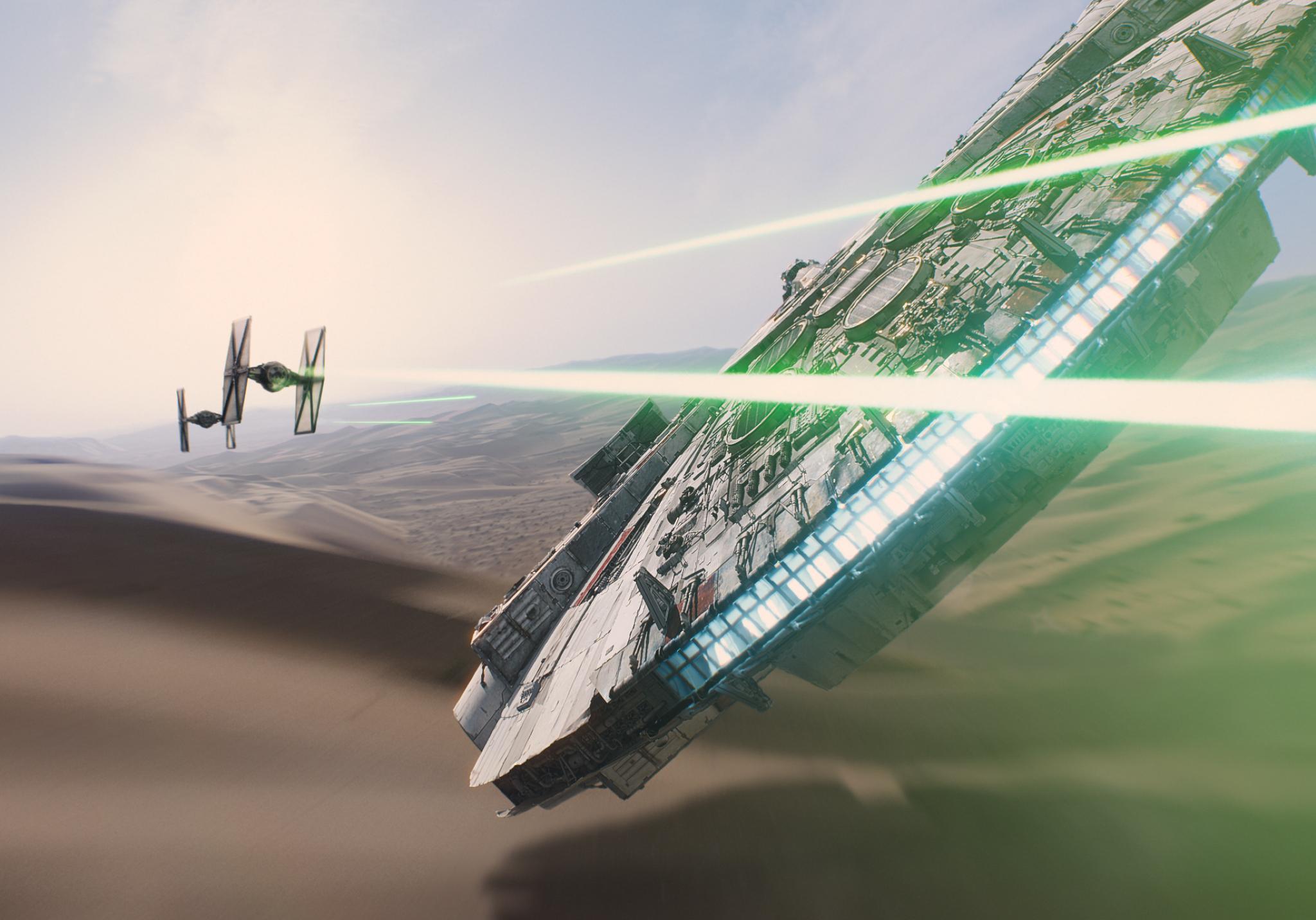 star-wars-the-force-awakens-millennium-falcon (1)