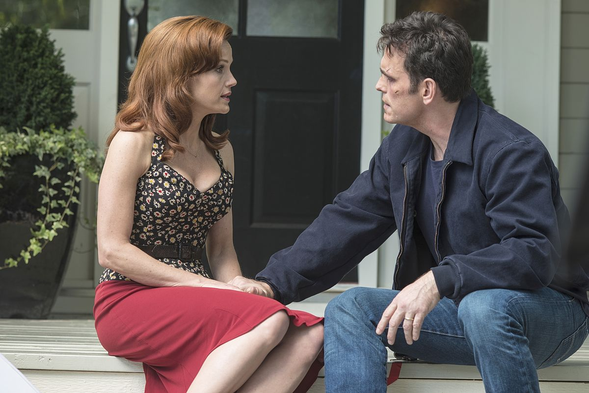 """WAYWARD PINES: Ethan (Matt Dillon, R) has questions for Kate (Carla Gugino, L) in the """"Where Paradise is Home"""" Event Series Premiere episode of WAYWARD PINES airing Thursday, May 14 (9:00-10:00 PM ET/PT) on FOX. ©2015 Ed Araquel/FOX"""