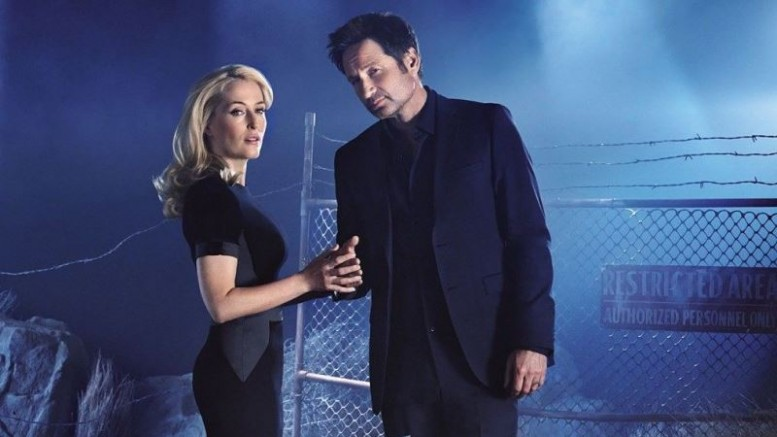 check-out-mulder-scully-in-new-photos-from-the-x-files-2016-miniseries-x-files-476091-777x437