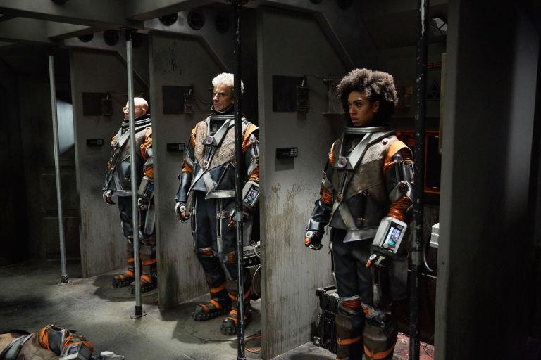 Φωτογραφία: Εργάτες με τις στολές τους.